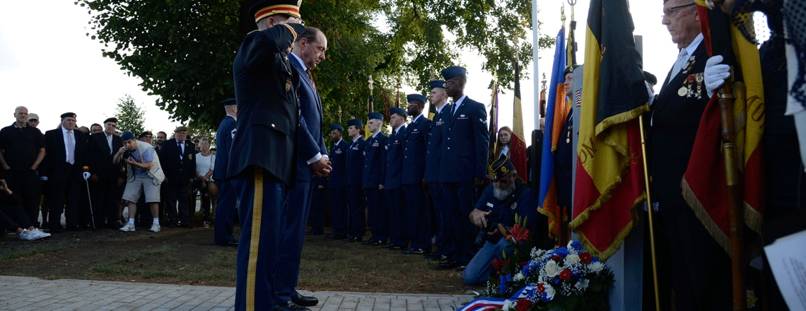 """Ambassador Gidwitz at the 75th Anniversary Commemoration of the Crash of the """"Picklepuss"""""""